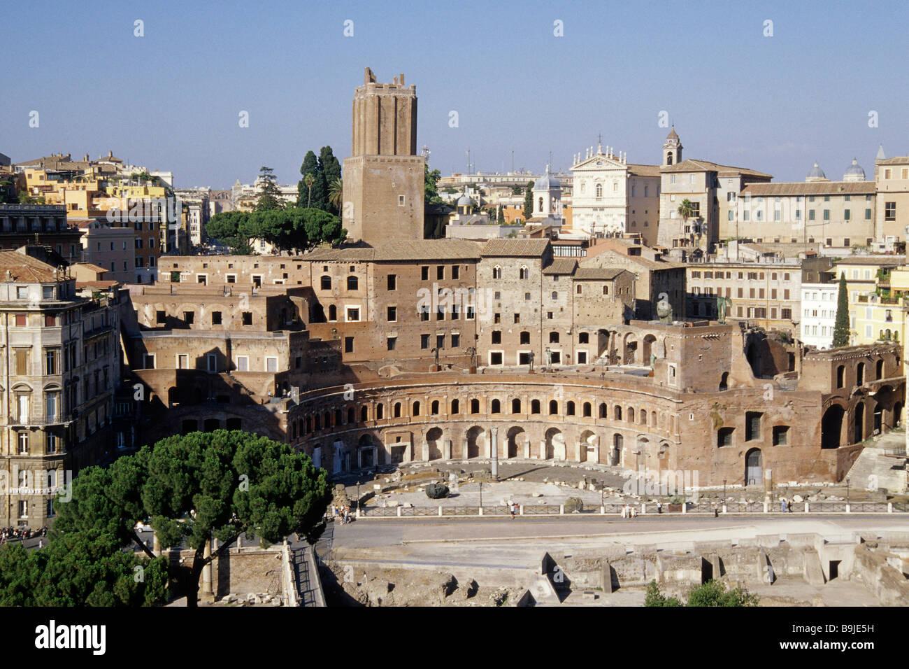 Vue de l'imperial foras du Vittoriano, Fori Imperiali, Foro di Traiano, la Piazza Venezia, Rome, Italie, Europe Photo Stock