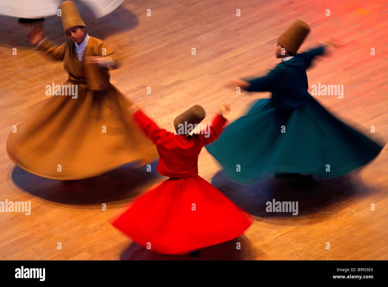 La Turquie, l'Anatolie Centrale, Konya, Sema ou sama danse est connu des Européens comme la danse des derviches tourneurs soufis ou Banque D'Images