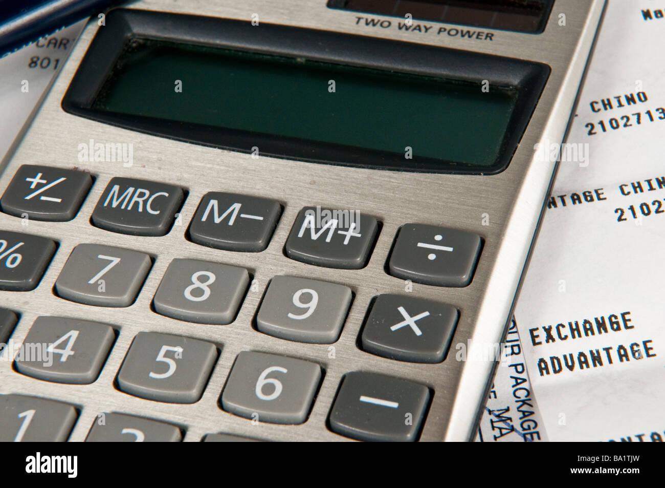 Calculatrice sur haut de recettes Photo Stock