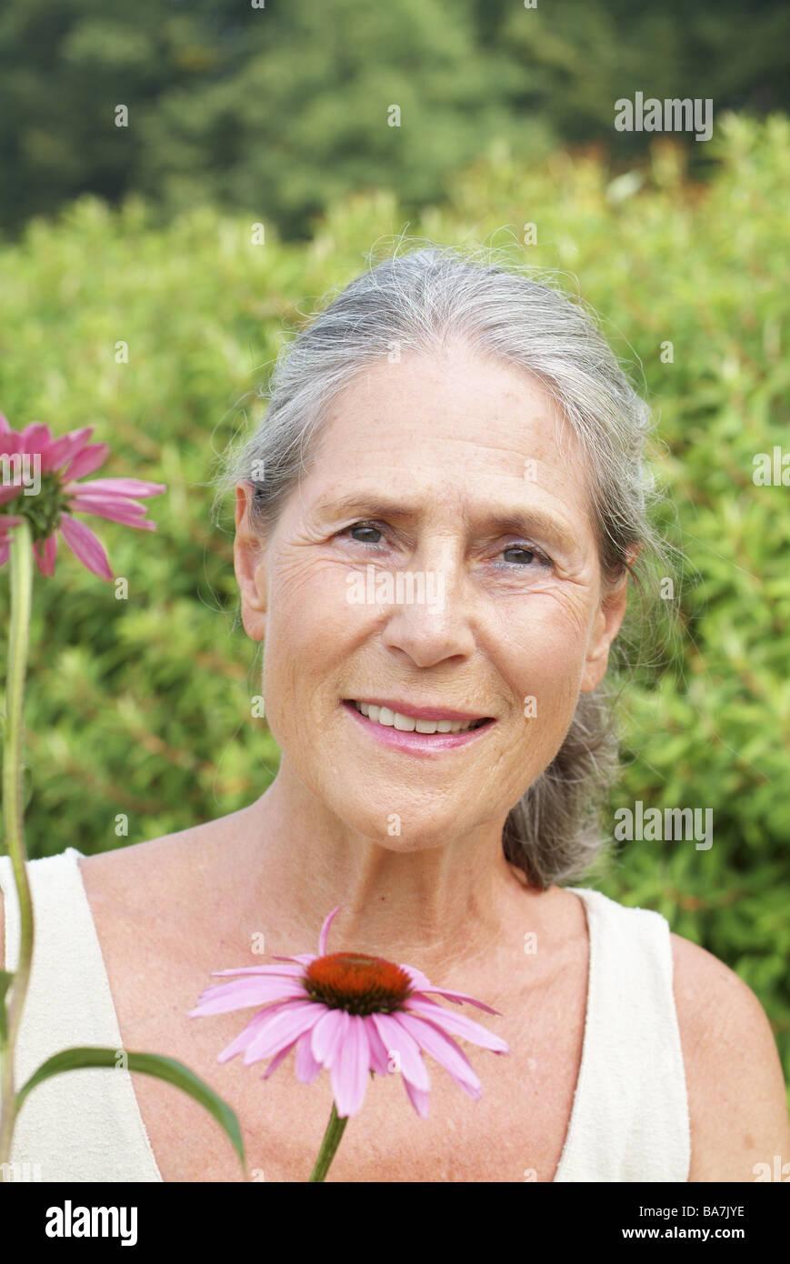 recherche femme 60 70 ans