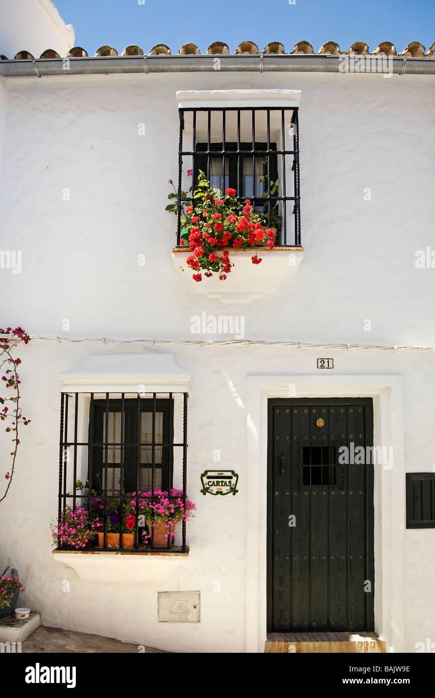 Maison typique dans village blanc de Zahara de la Sierra Cadix Andalousie Espagne Photo Stock