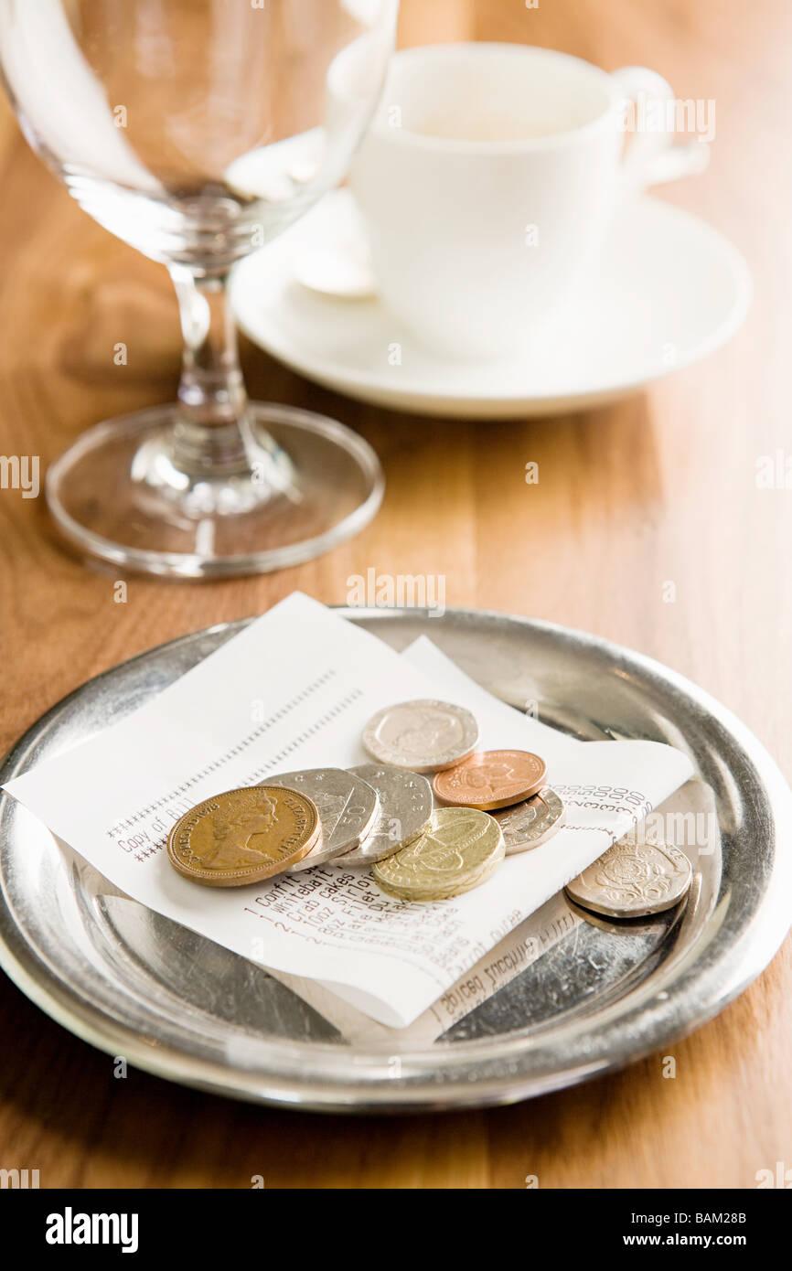 Le projet de loi sur une table Photo Stock