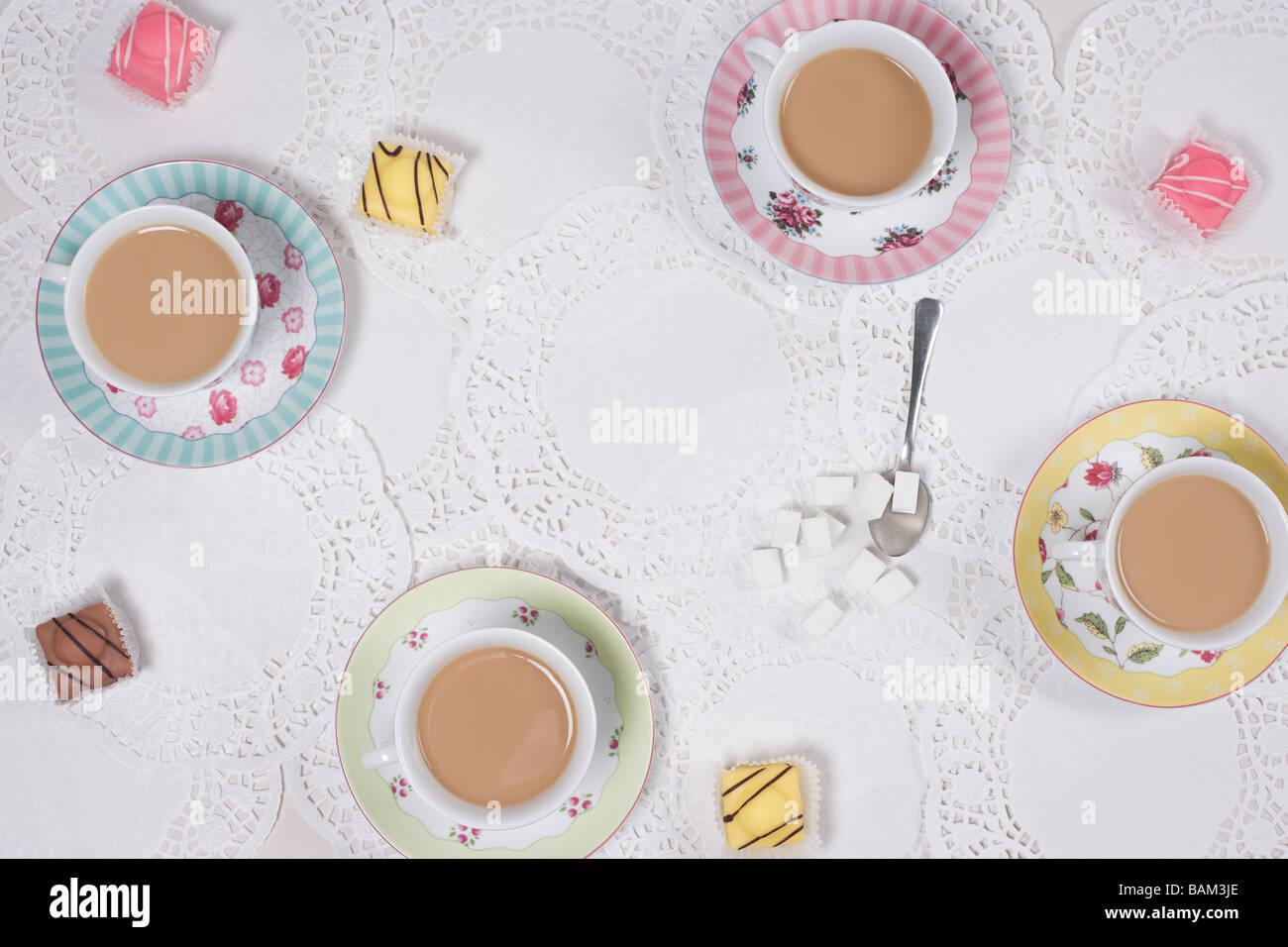 Thé et gâteaux Photo Stock