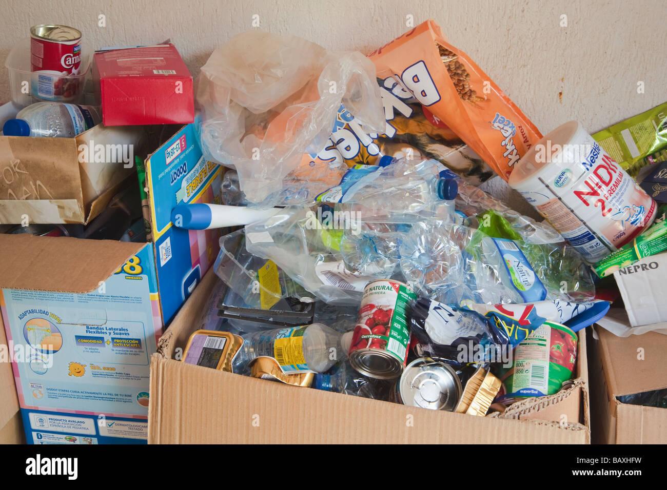 Pour le recyclage des déchets ménagers Photo Stock