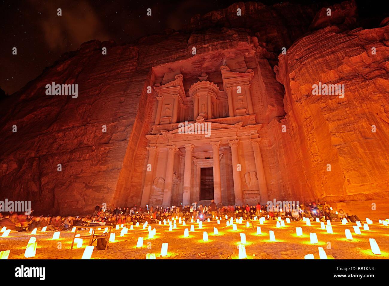 Petra par la lumière de bougie Banque D'Images