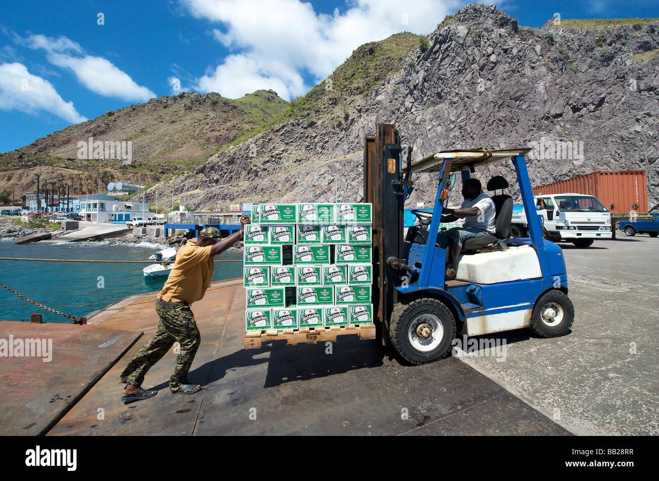 L'alcool bière boissons bovenwinden antilles antilles caraïbes société bovenwindse verre dutch eiland eilanden fort bay alimentaire harb Banque D'Images