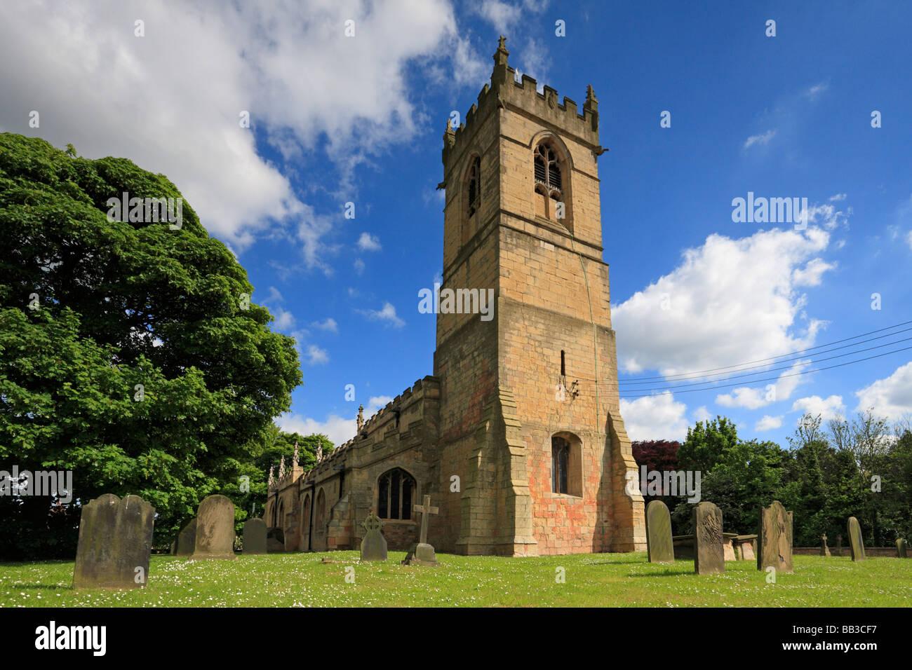 L'église Saint Pierre, Barnburgh, Doncaster, South Yorkshire, Angleterre, Royaume-Uni. Banque D'Images