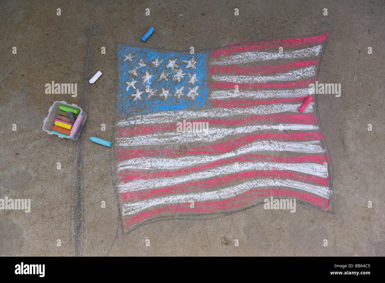 Drapeau américain dessiné en craies de trottoir Photo Stock