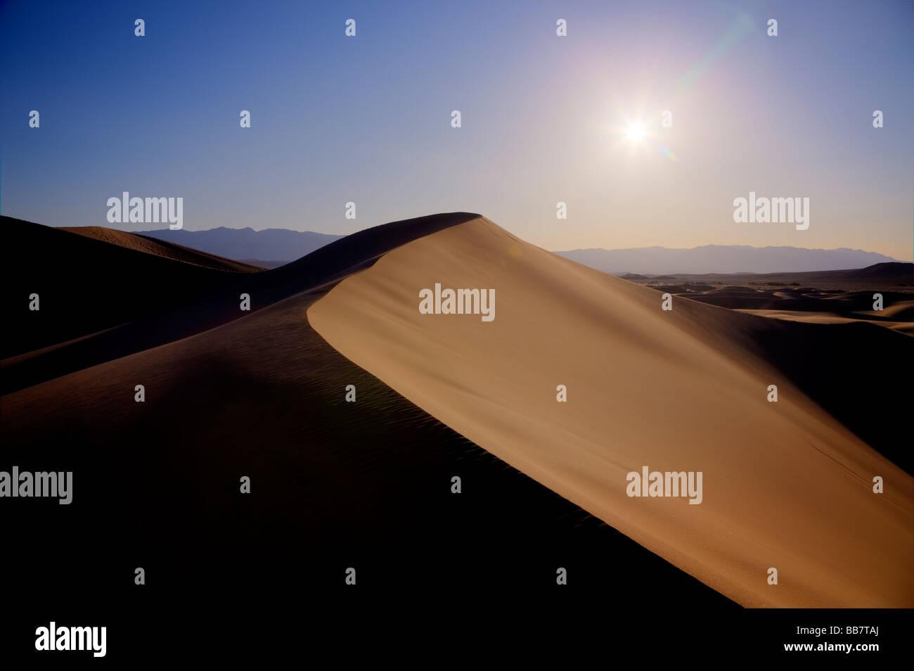 Le mesquite Sand Dunes in Death Valley National Park en Californie USA Banque D'Images