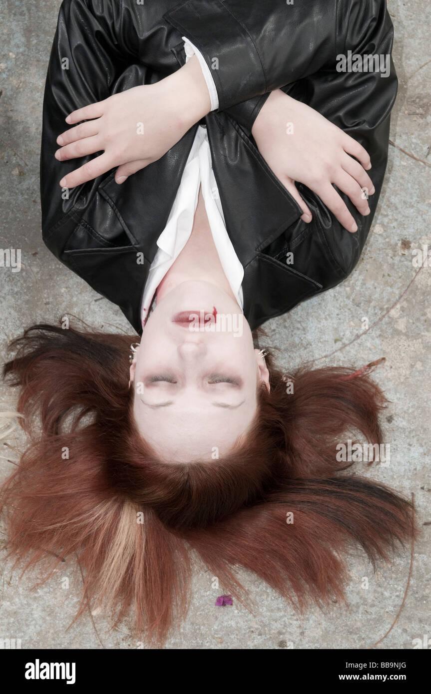 Une femme vampire au repos autorisation Modèle disponible Photo Stock