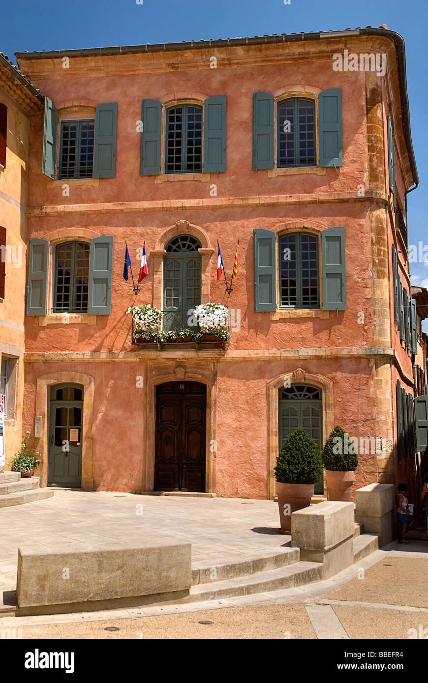 Couleurs Facades En Provence façade de couleur ocre photos & façade de couleur ocre