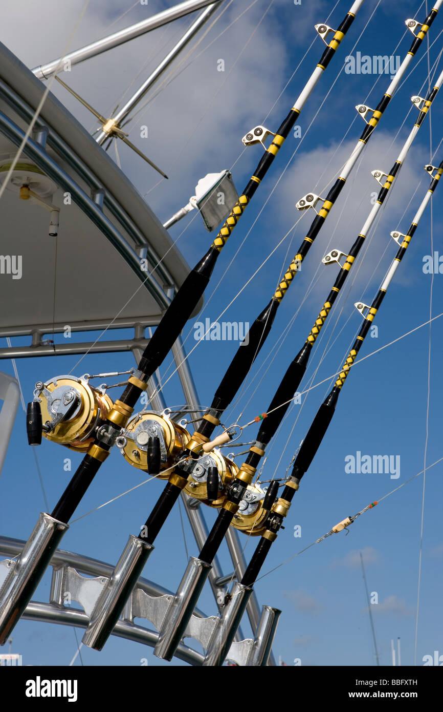 Cannes et moulinets de pêche. Photo Stock