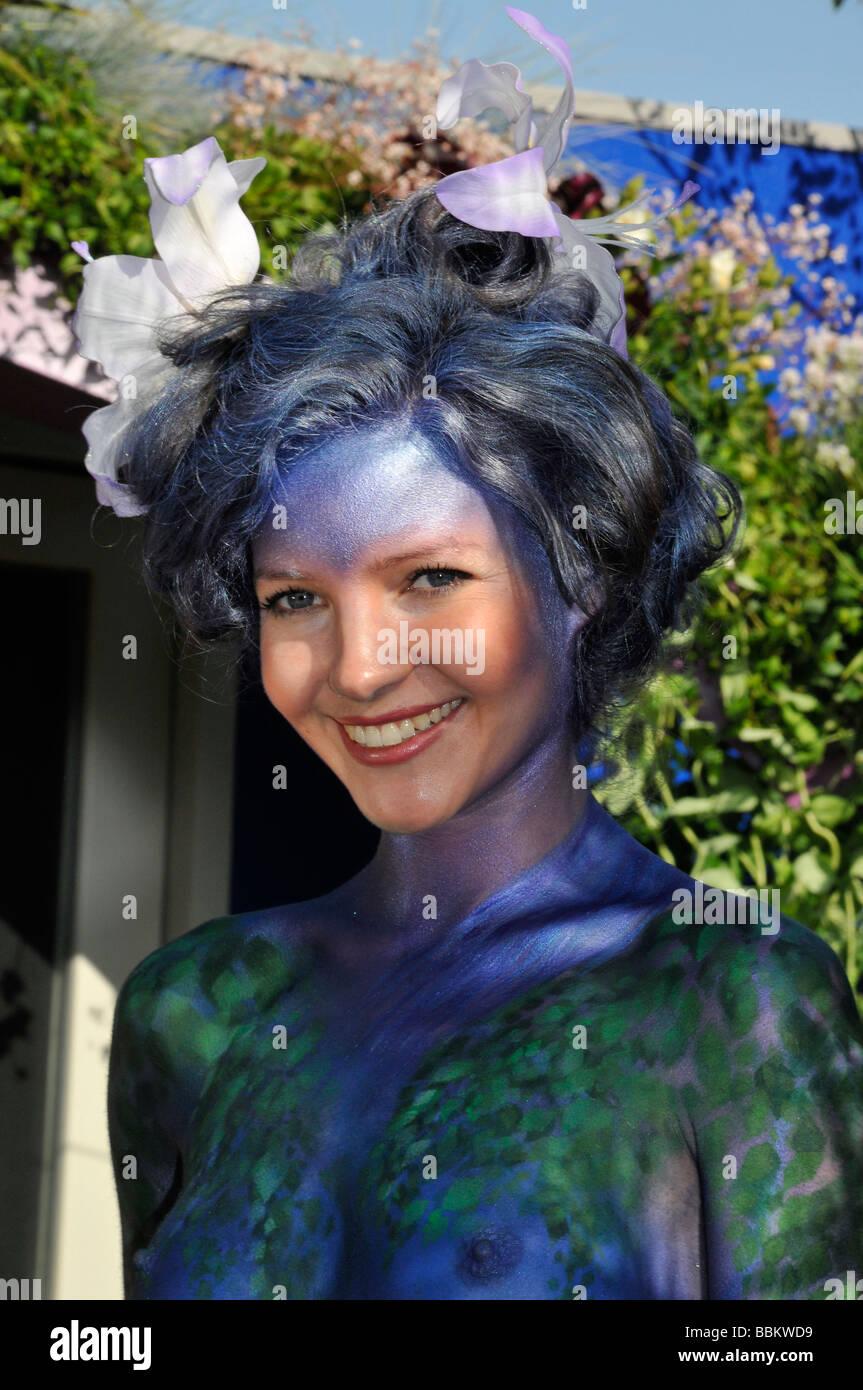 GEMMA RHODES - corps modèle peint au Chelsea Flower Show en mai 2008 Photo Stock