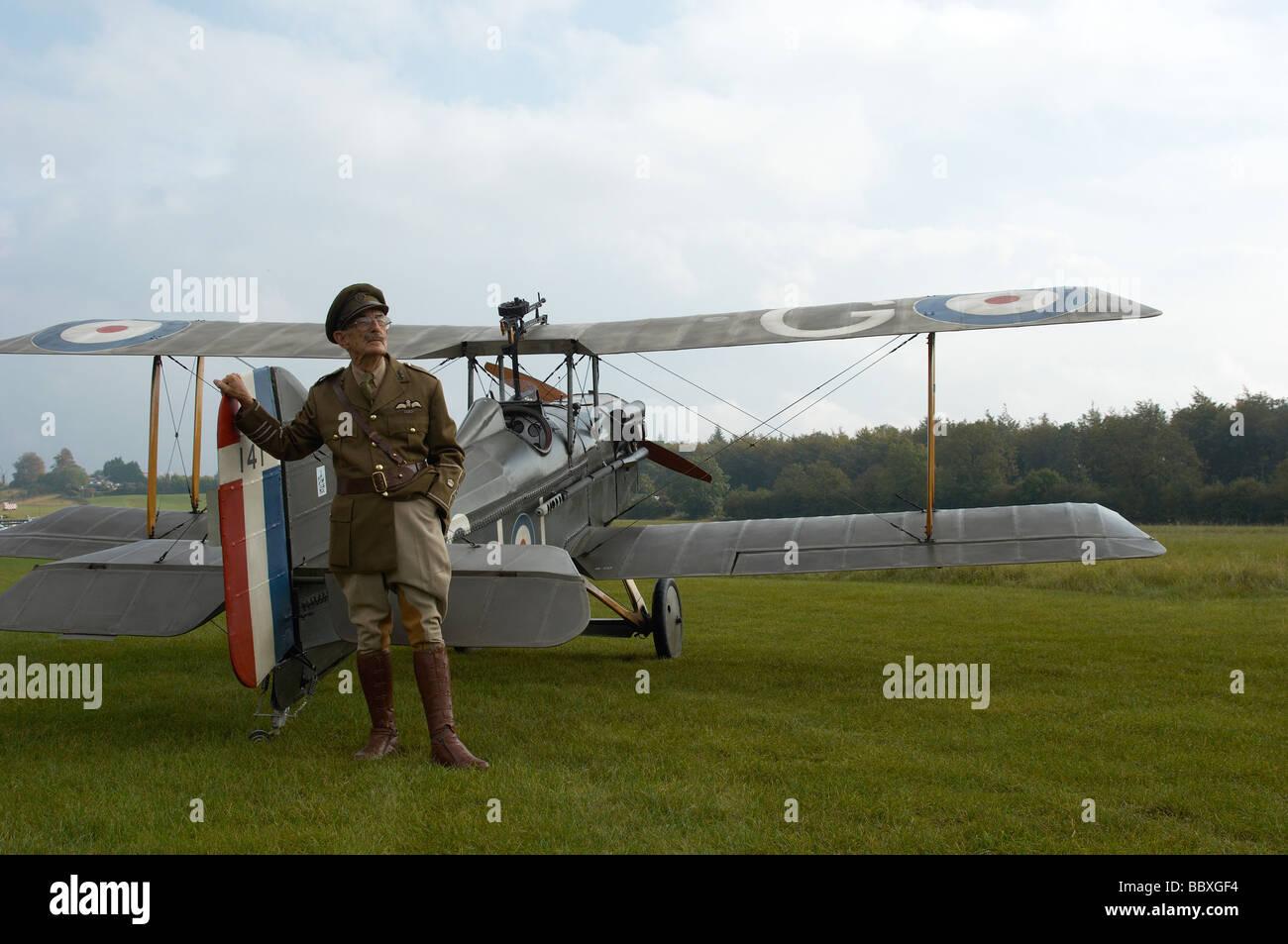 dfcb33a03b090 Projet pilote de Spitfire et Popham airfield en Grande-Bretagne. Photo Stock