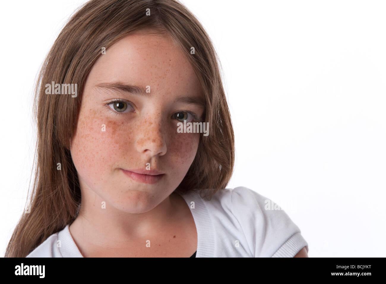 Portrait d'une jeune fille de 10 ans cool Photo Stock