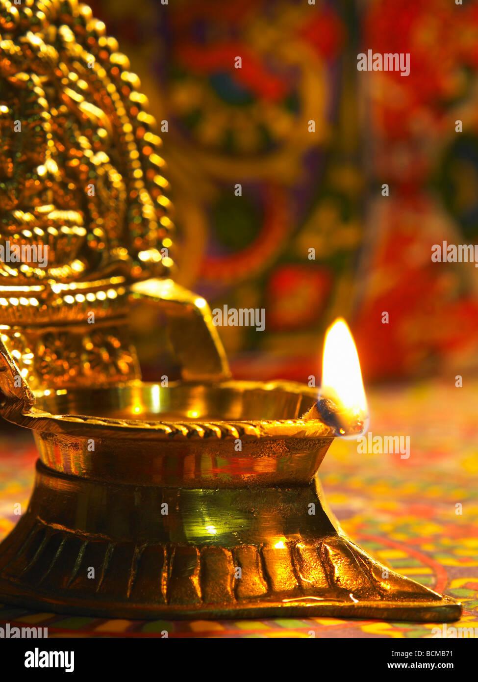 Lampe A Huile Traditionnelle Indienne Au Cours De Gravure Deepavali
