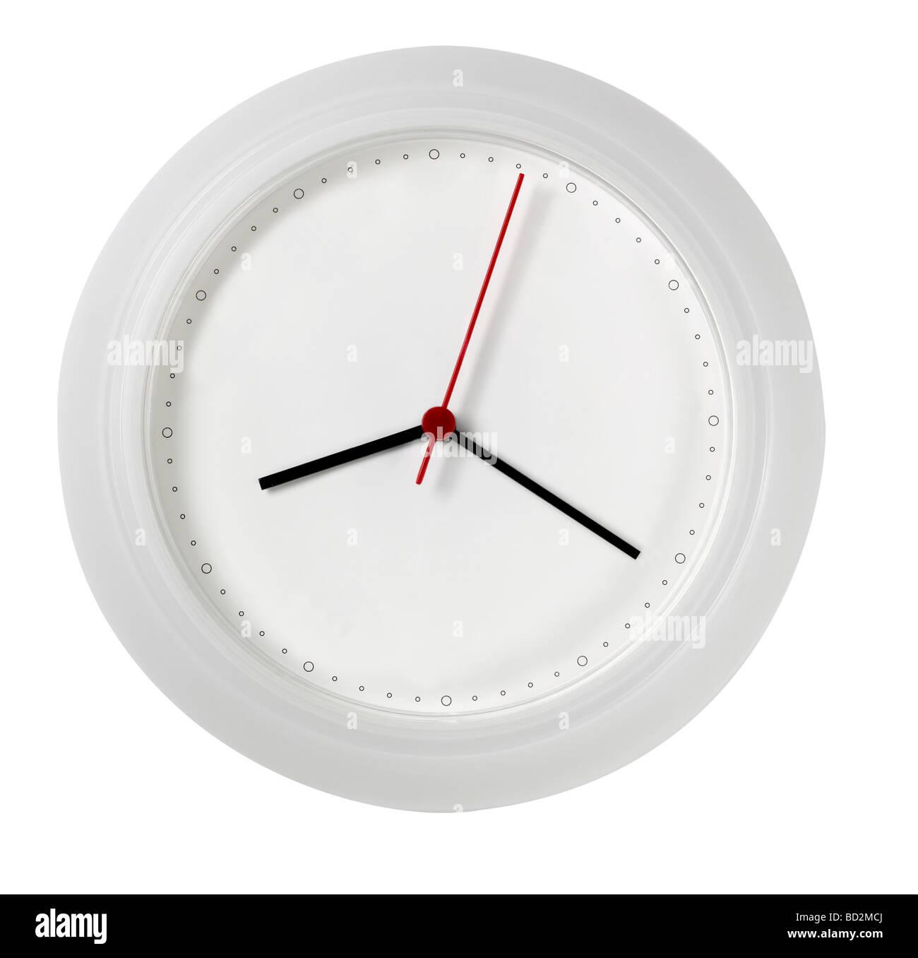 Horloge murale blanche avec aucun nombre face vierge Photo Stock