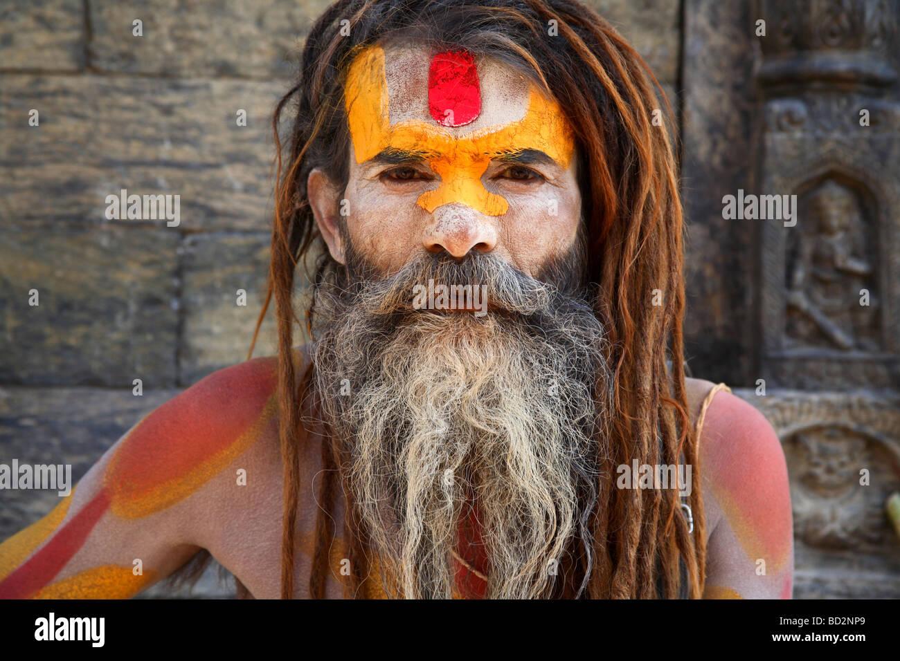 Un visage peint d'un sadhu Photo Stock