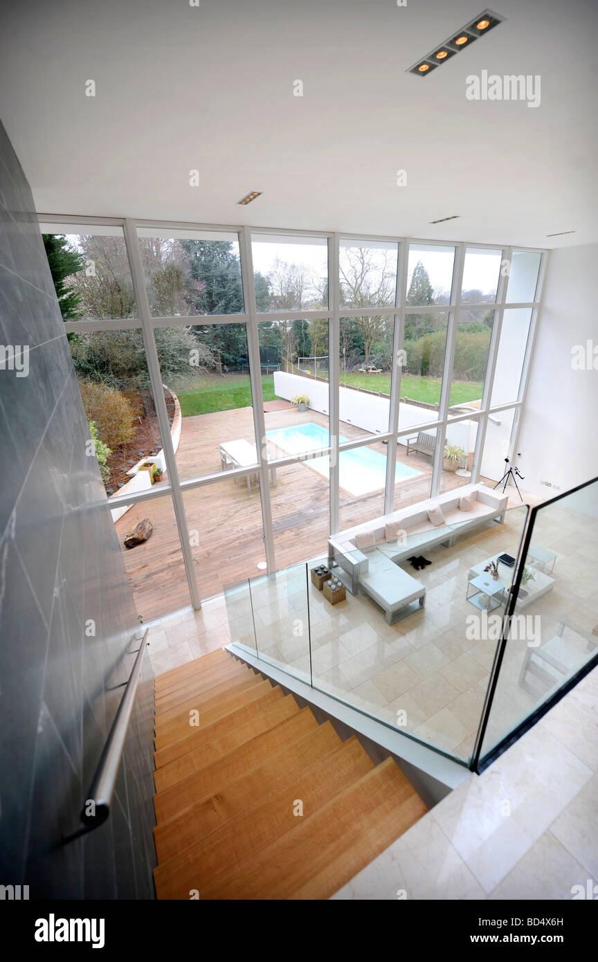 La maison bleue EN SNEYD PARK BRISTOL DANS QUATRE CANAUX S GRAND DESIGNS UK Banque D'Images