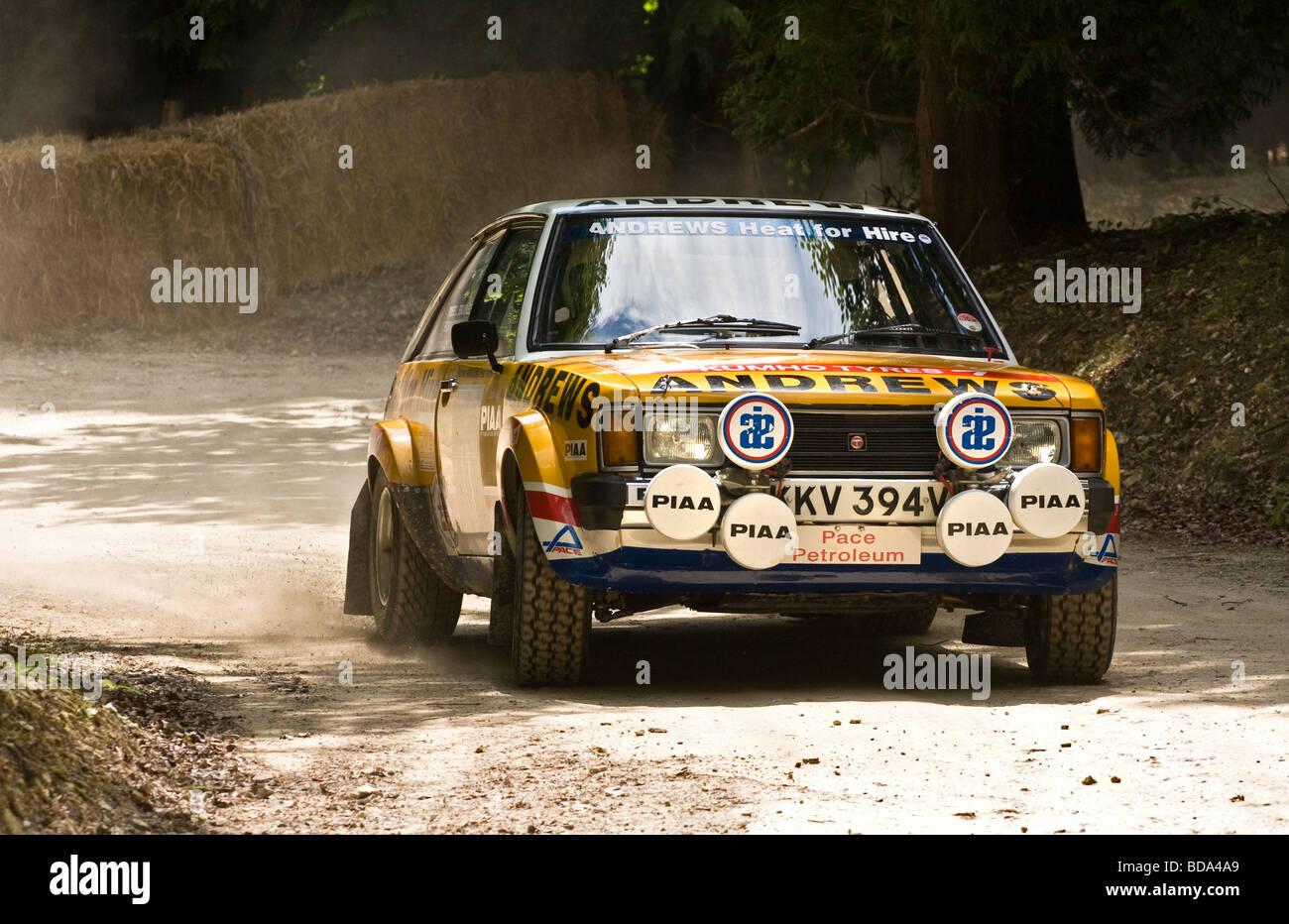 1981 Talbot Sunbeam Lotus sur la forêt à l'étape de rallye Goodwood Festival of Speed, Sussex, UK. Pilote: Russell Banque D'Images