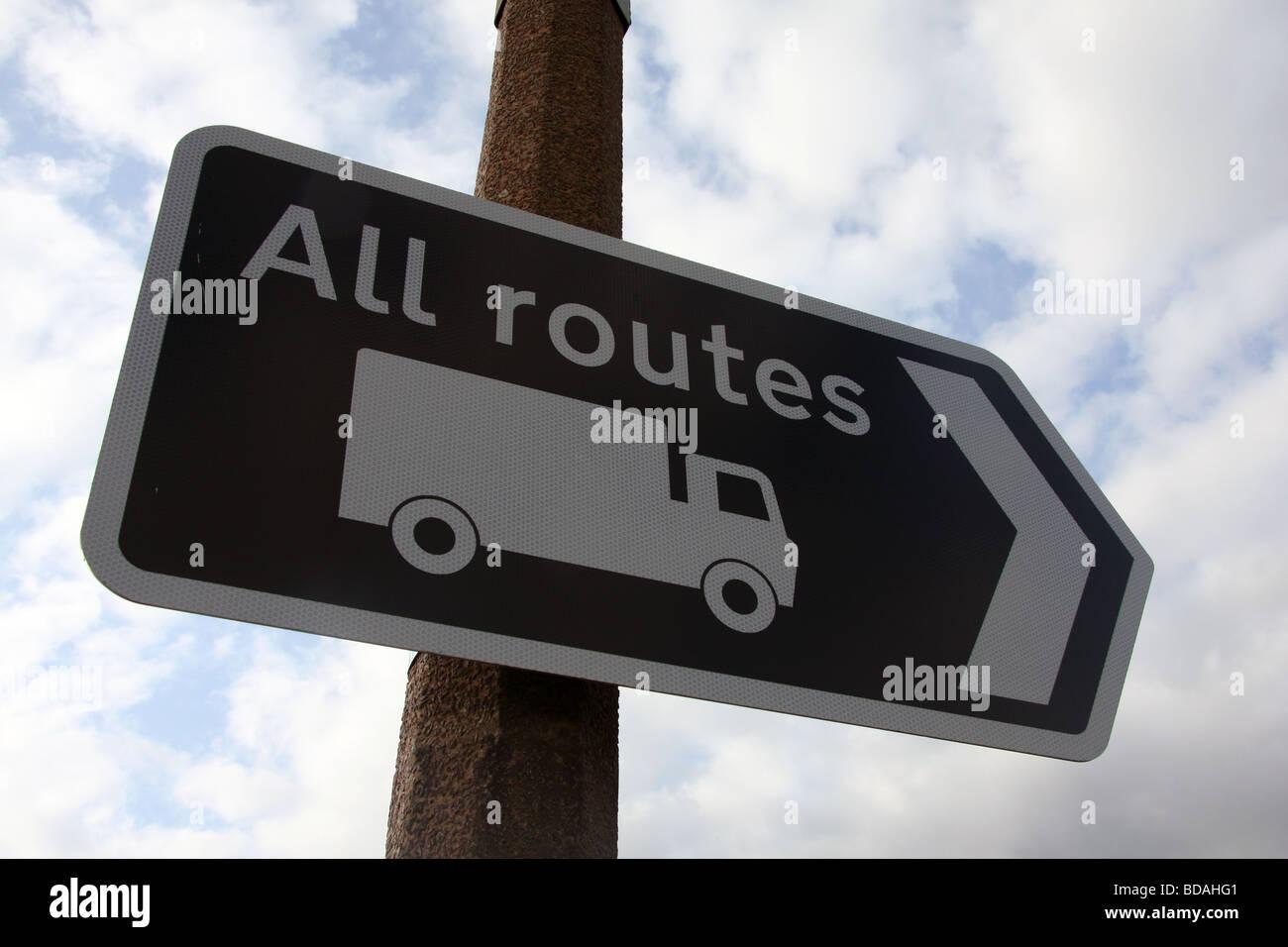 Route camion consultatif sign Banque D'Images