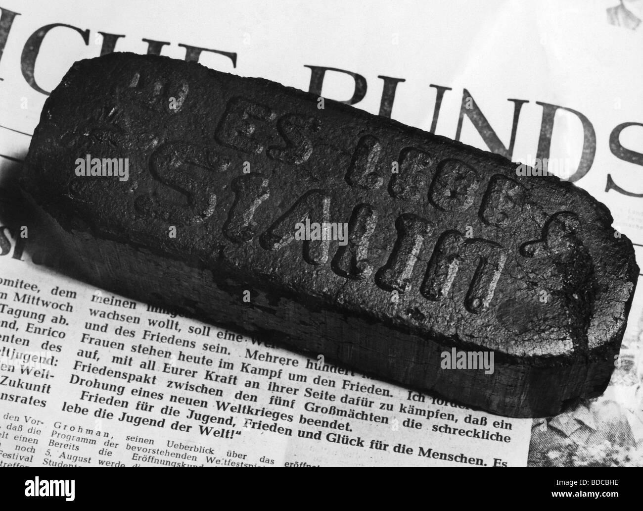 L'exploitation minière, le charbon, le briquet avec logo 'Es lebe Staline' ('vive Staline'), Photo Stock
