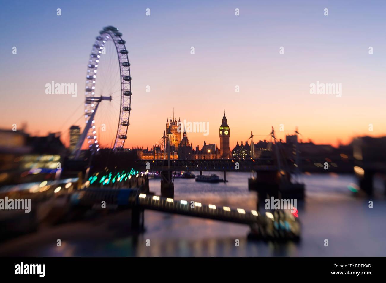 Chambres du Parlement et le London Eye, Westminster, London, UK Photo Stock
