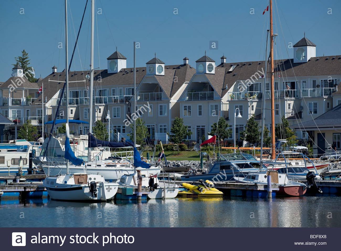 Village nautique des Grands Lacs, un nouveau complexe de l'urbanisme à Pickering en Ontario Canada Banque D'Images