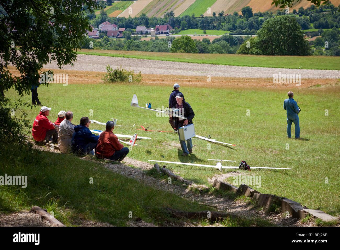 Les planeurs modèle en provenance de Teck Hill dans le Bade Wurtemberg, Allemagne, Europe Photo Stock