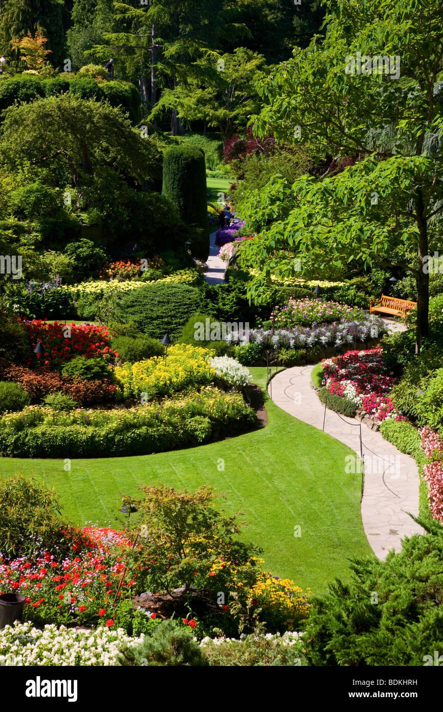 Jardin en contrebas au Butchart Gardens, Victoria, île de Vancouver, Colombie-Britannique, Canada. Photo Stock