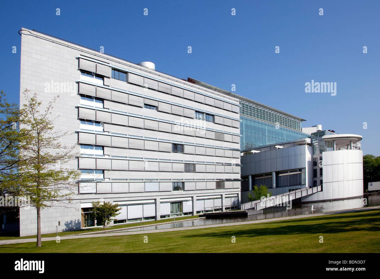 Siège de l'entreprise pharmaceutique Boehringer Ingelheim GmbH, Ingelheim, Rhénanie-Palatinat, Allemagne, Photo Stock