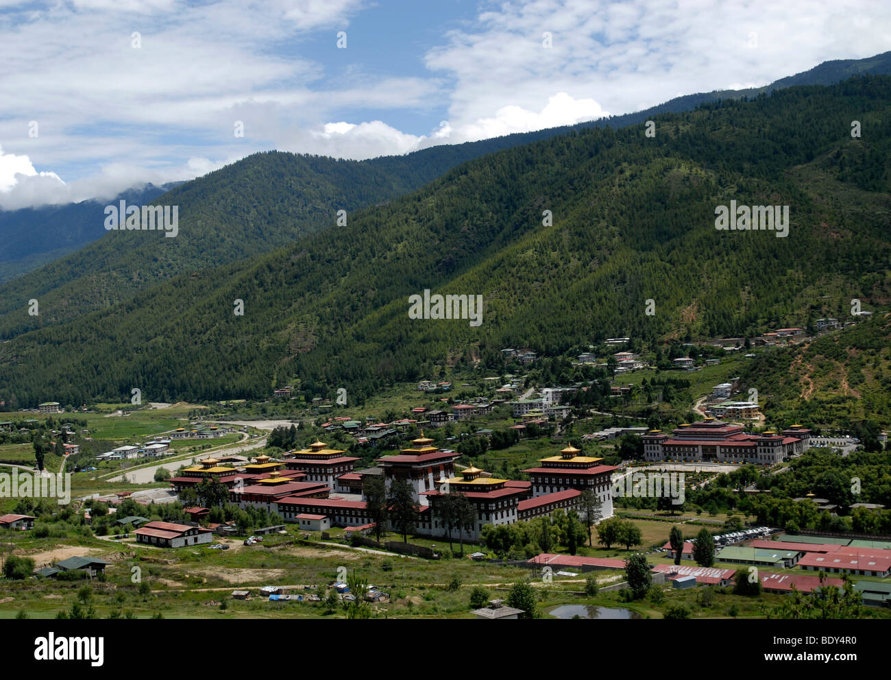 Dzong et le Parlement de Thimphu, capitale du Bhoutan Photo Stock