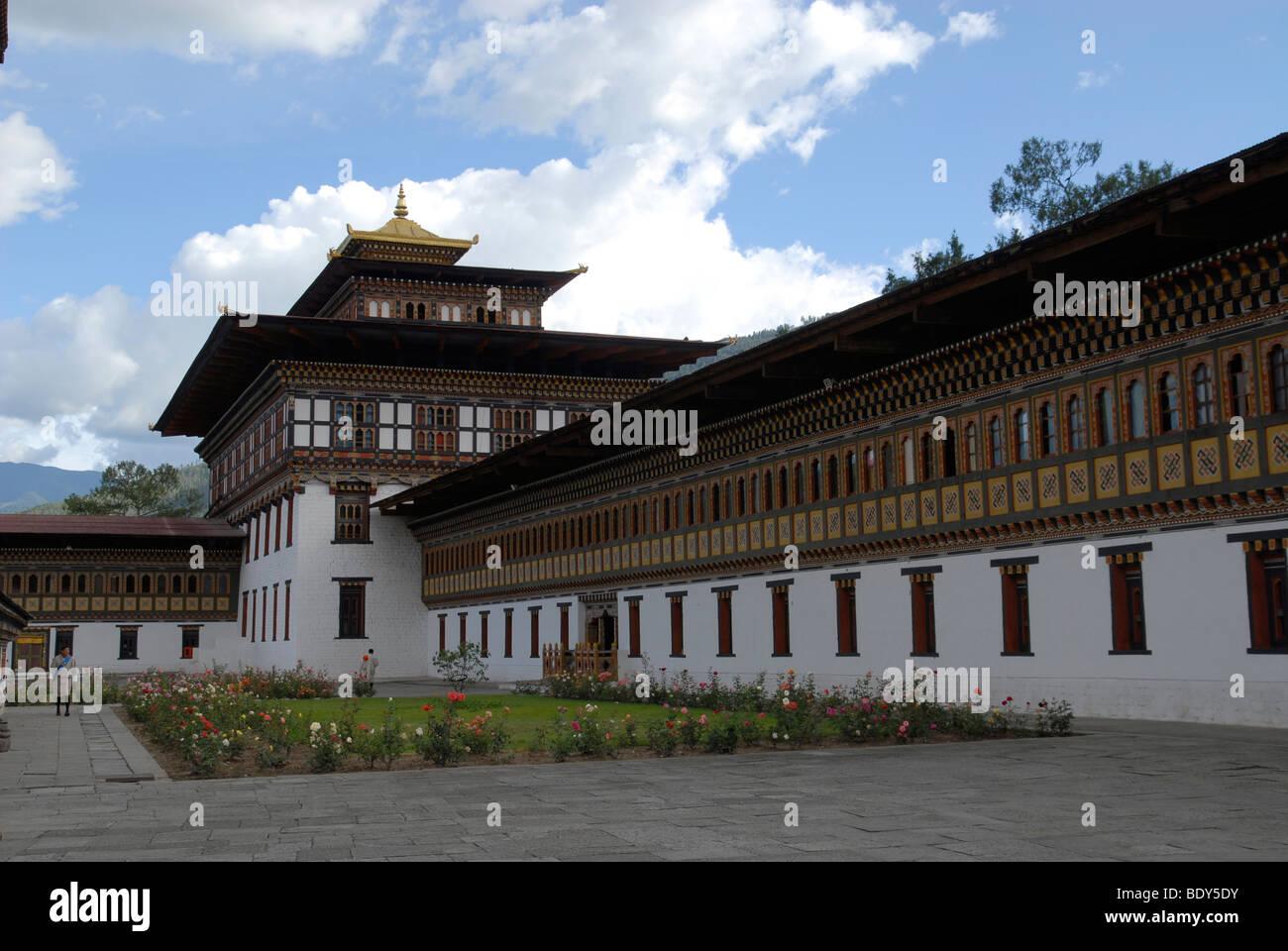 Cour de Thimphu Dzong de roses, Thimphu, Bhoutan Photo Stock