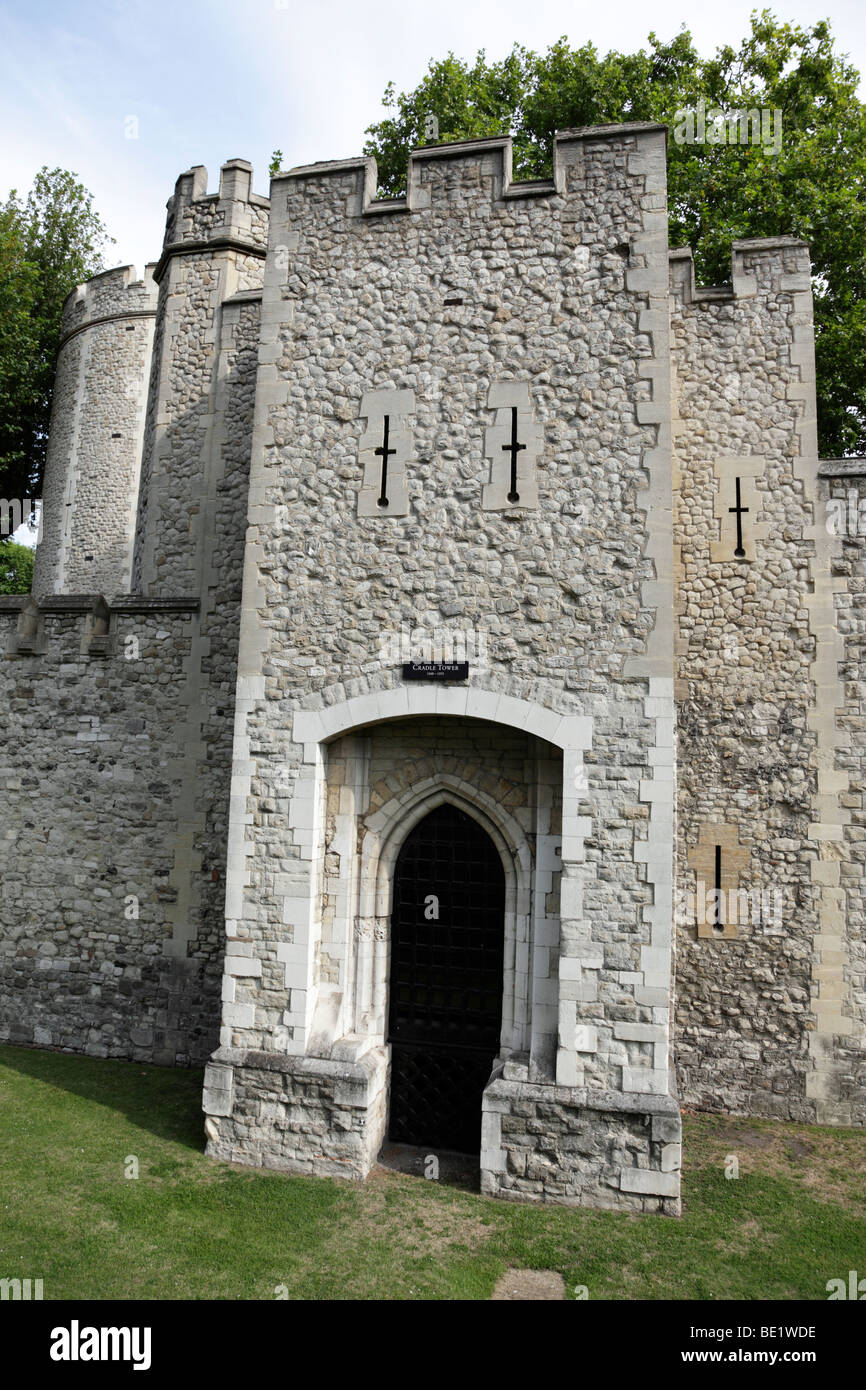 La station d'une partie de la tour de la tour de Londres Uk Photo Stock