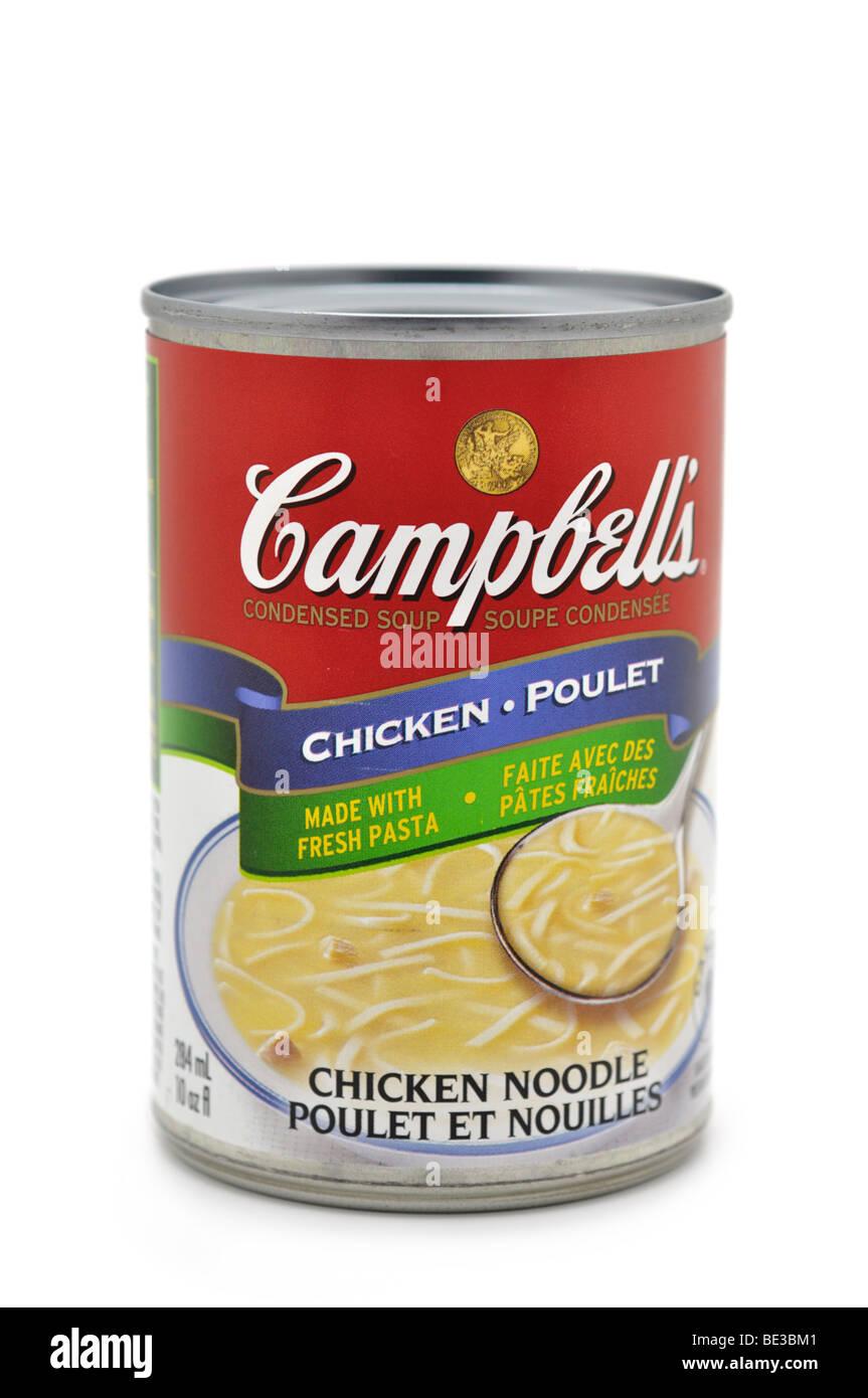 Tin/Pouvez de soupe poulet et nouilles. Photo Stock