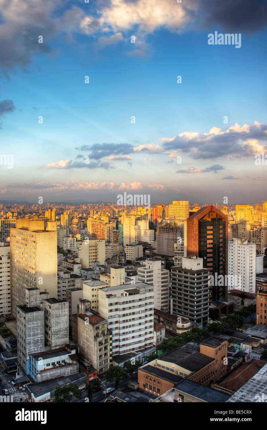 Crépuscule dans la ville de Sao Paulo Brésil Photo Stock