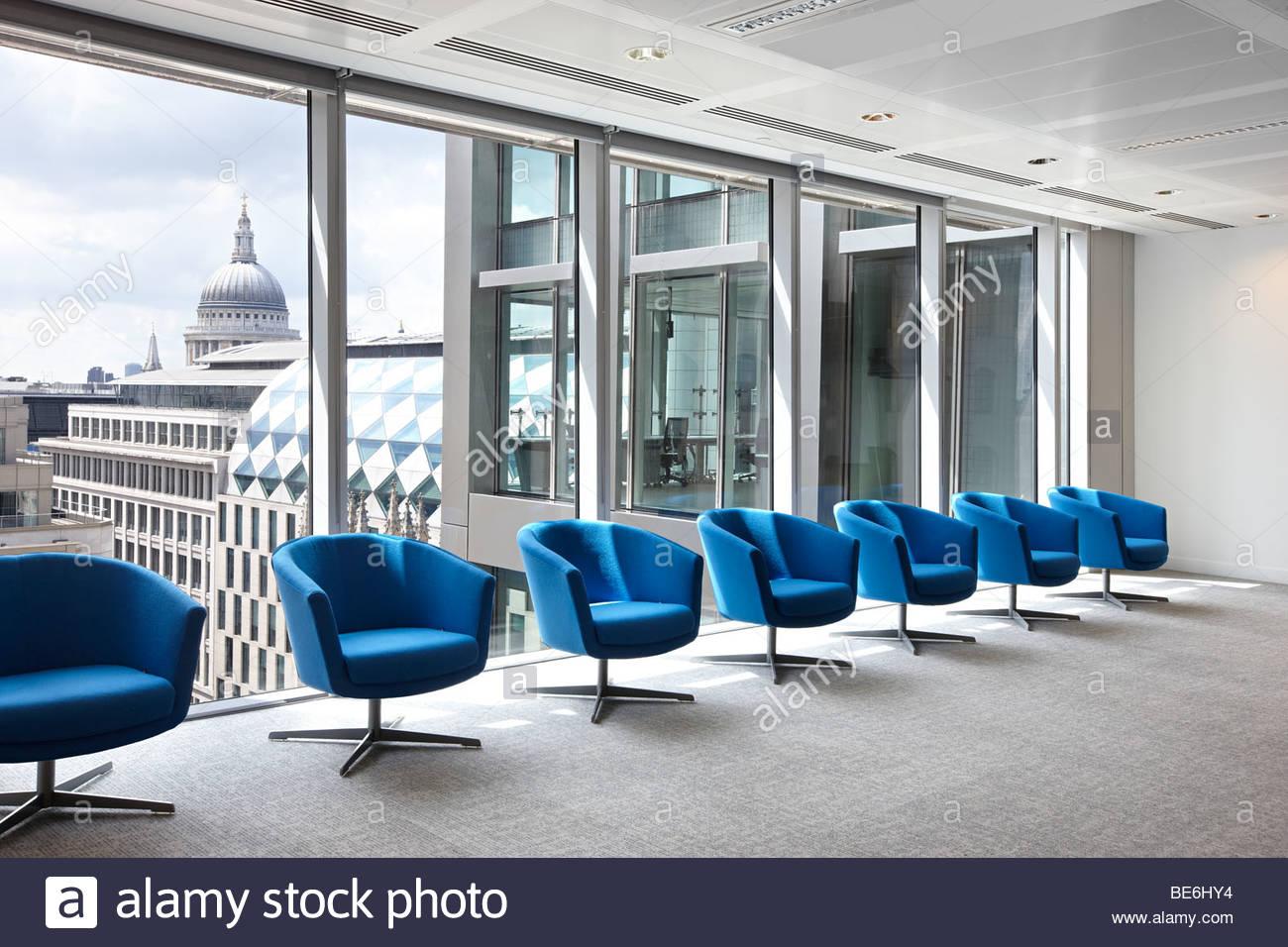Turquoise 7 salle d'attente chaises de bureau Londres Banque D'Images