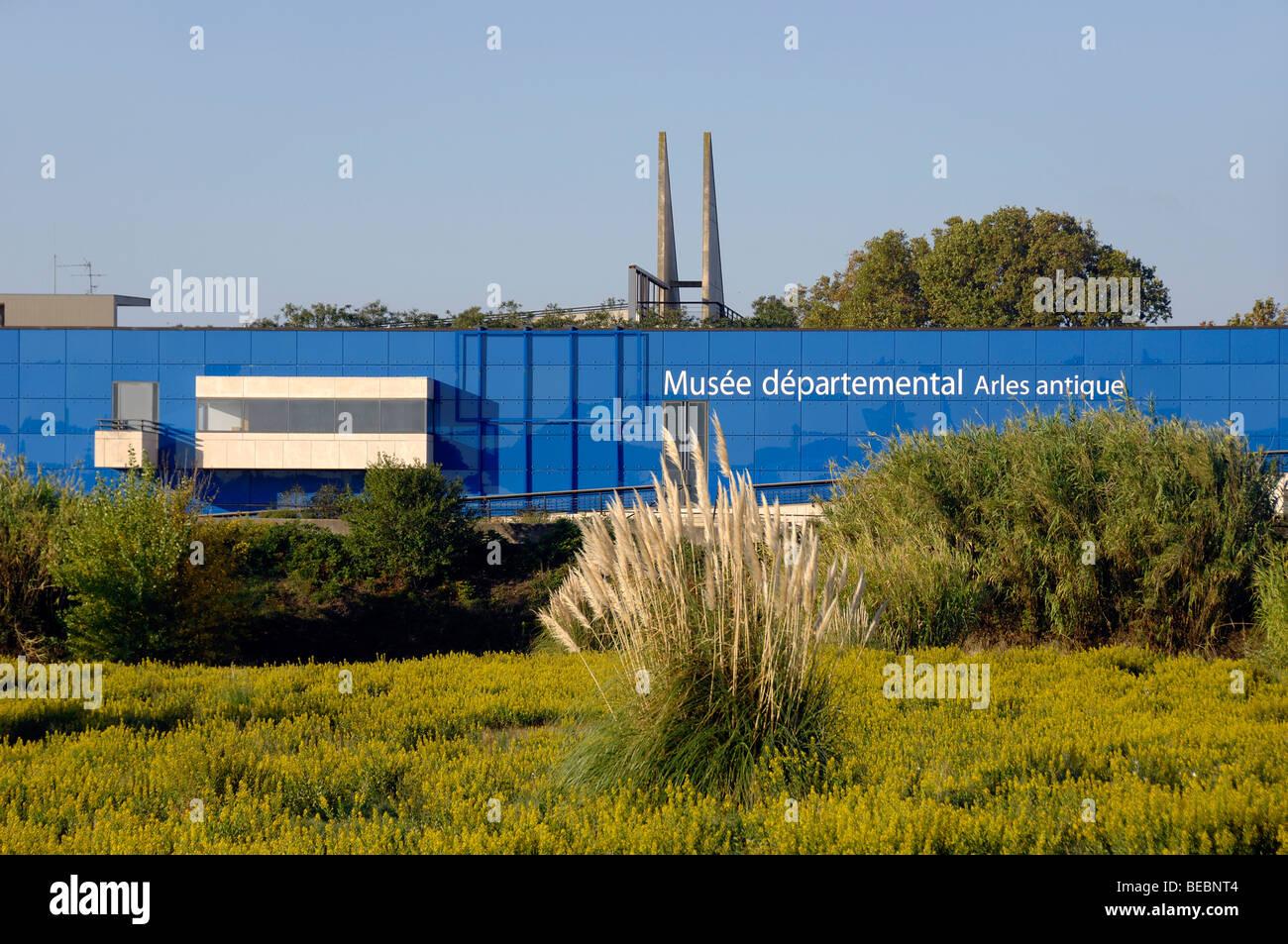 Le musée archéologique, ou Musée de l'Arles Antique ou l'Antiquité, conçu par Henri Photo Stock