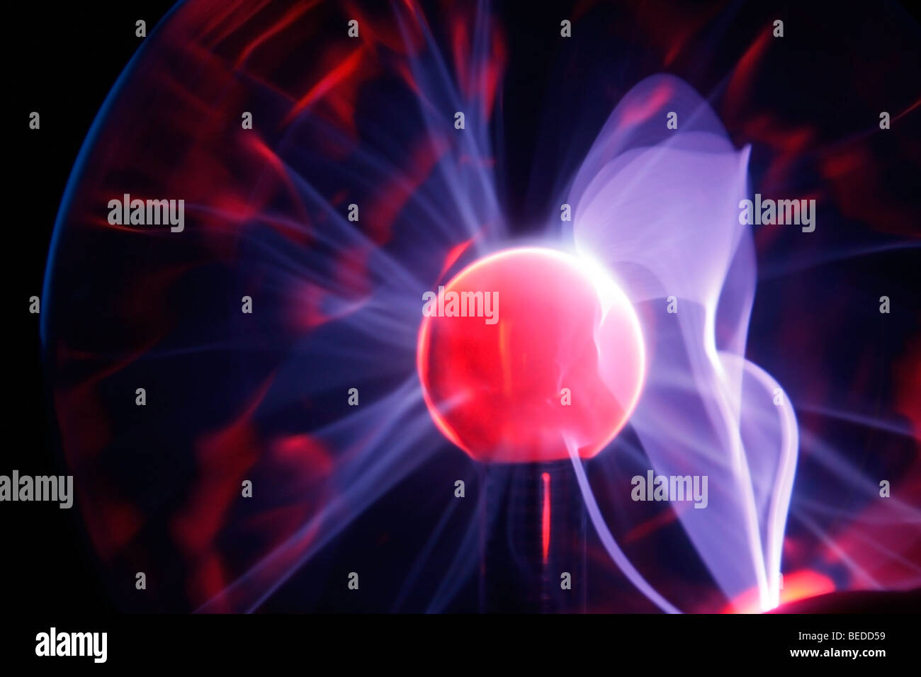 Sphère électrique du plasma de plasma torches montrant Photo Stock