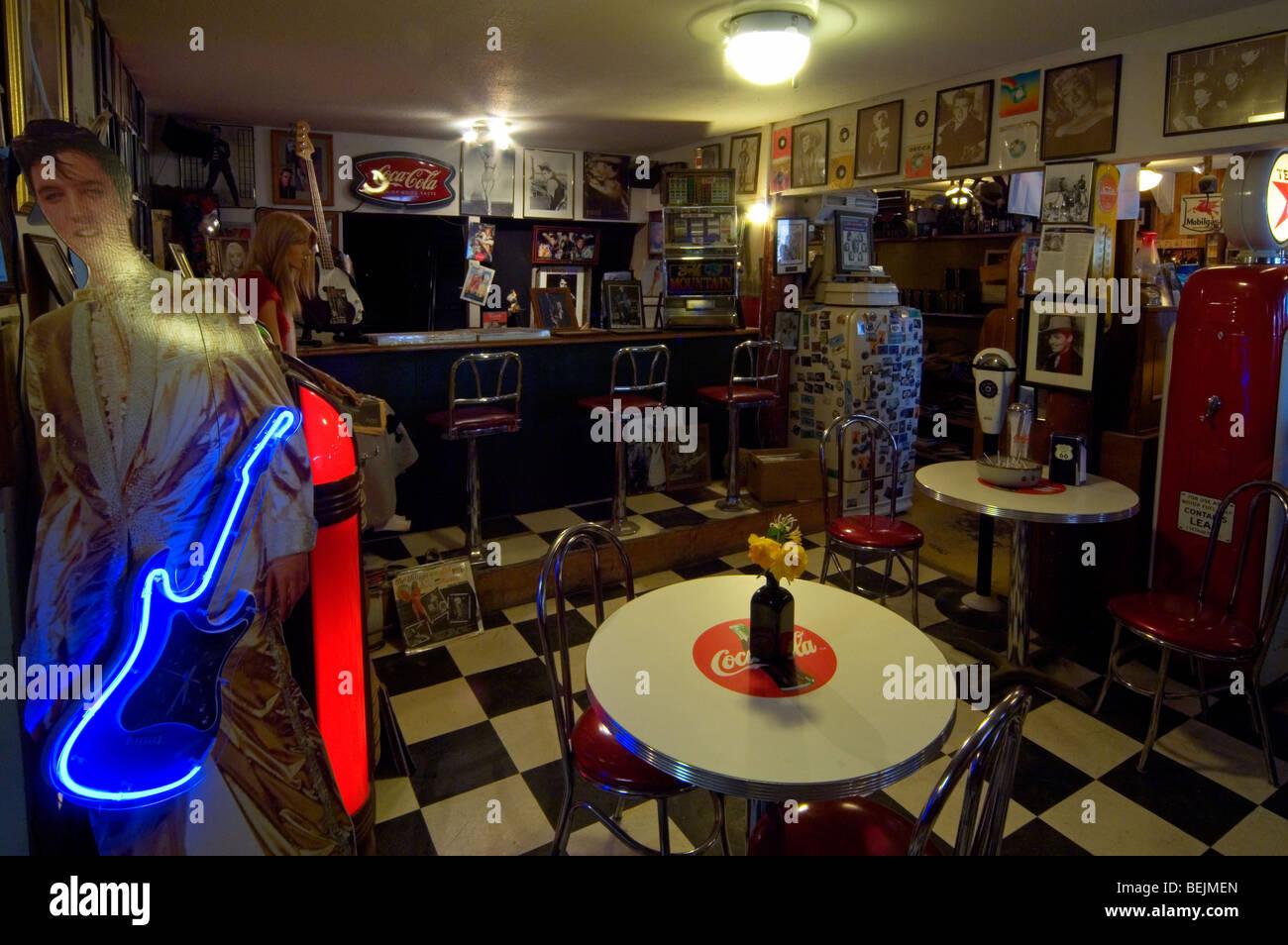 Interieur Du Restaurant Diner Americain Des Annees 50 Le