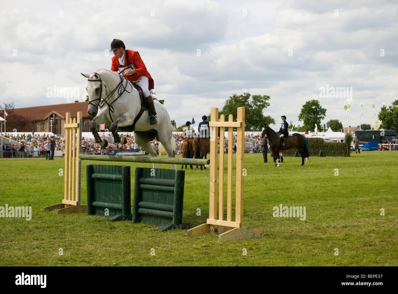 Show Jumping lors du dernier événement Royal Show jamais Photo Stock