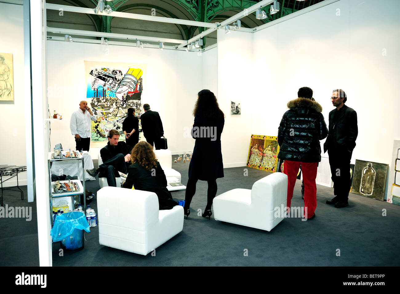 Paris, France, les visiteurs d'Art Contemporain annuelle Show, FIAC, foire commerciale dans 'Grand Palais' Photo Stock