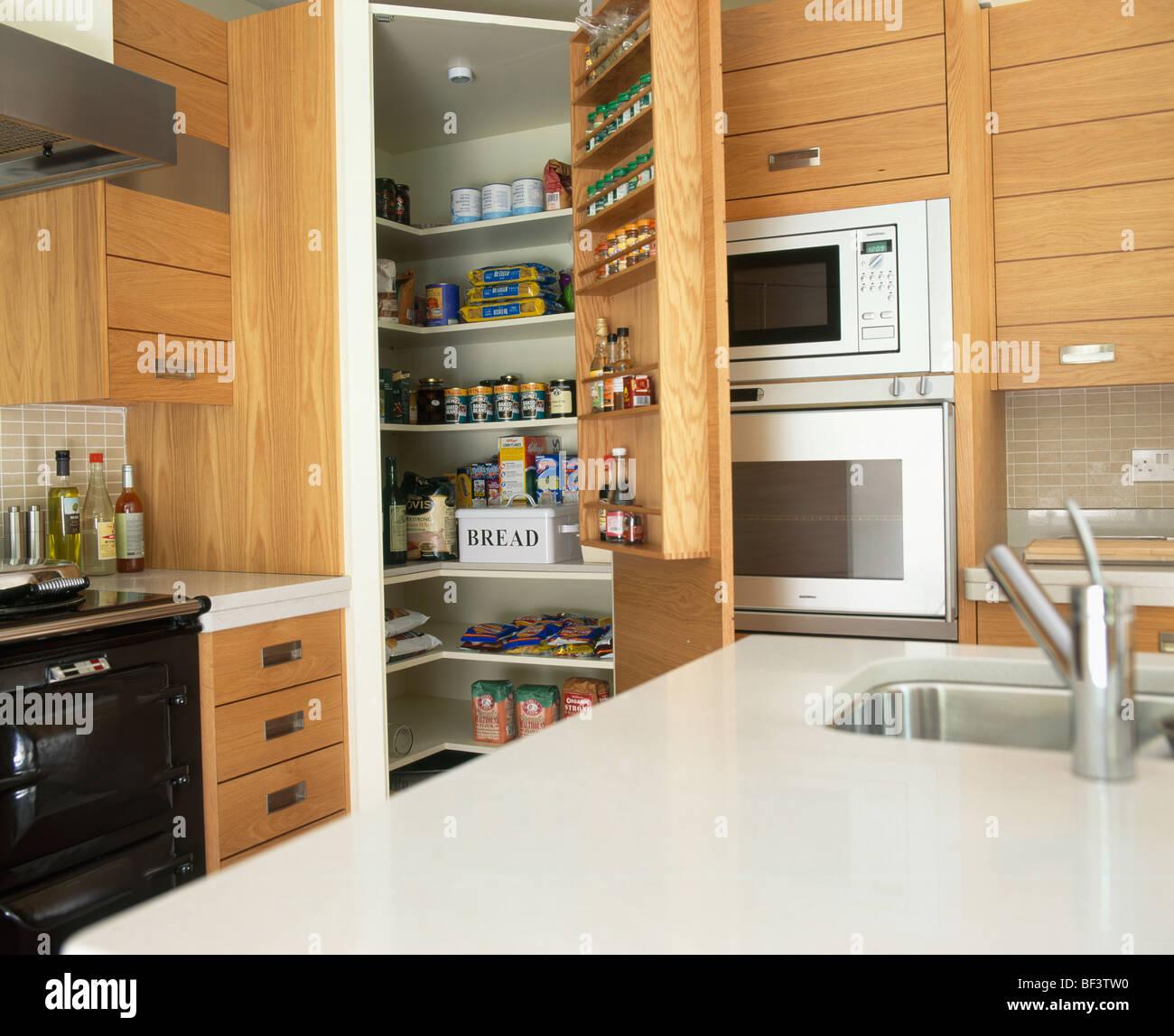 L 39 unit de l 39 le avec sous ensemble lavabo dans plan de travail en corian blanc petite cuisine - Cuisine en corian ...