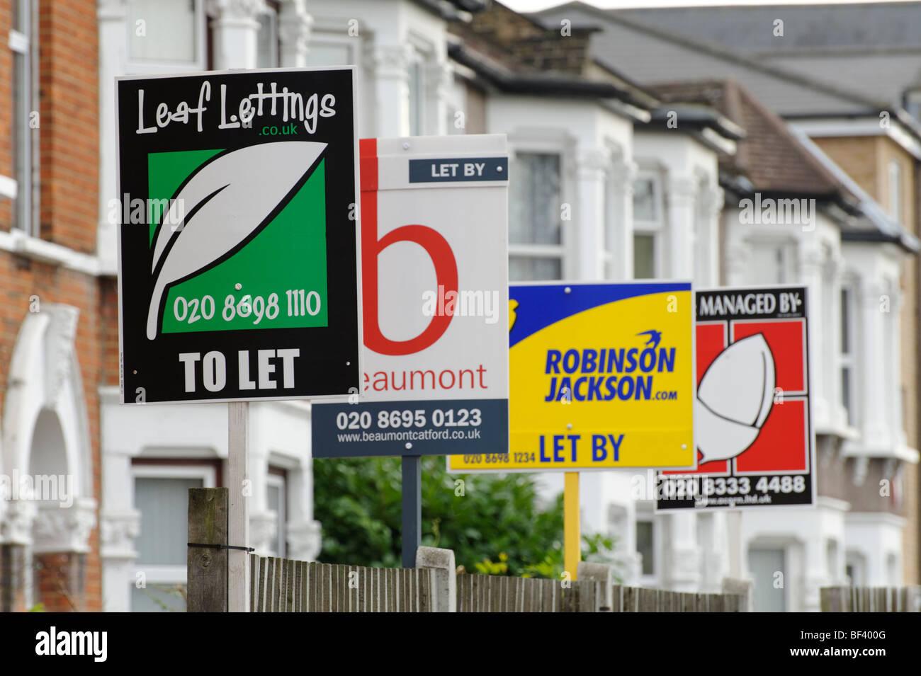 Rangée de chambre de laisser des signes de propriété. Londres. UK 2009. Photo Stock