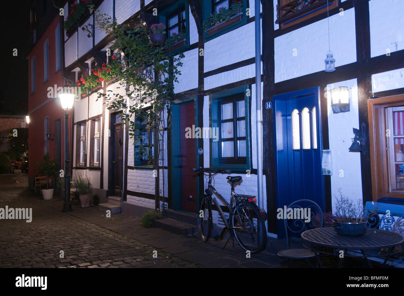 En Allemagne, la Rhénanie du Nord-Westphalie, Kempen, Alteschulstrasse,street, maisons anciennes Banque D'Images