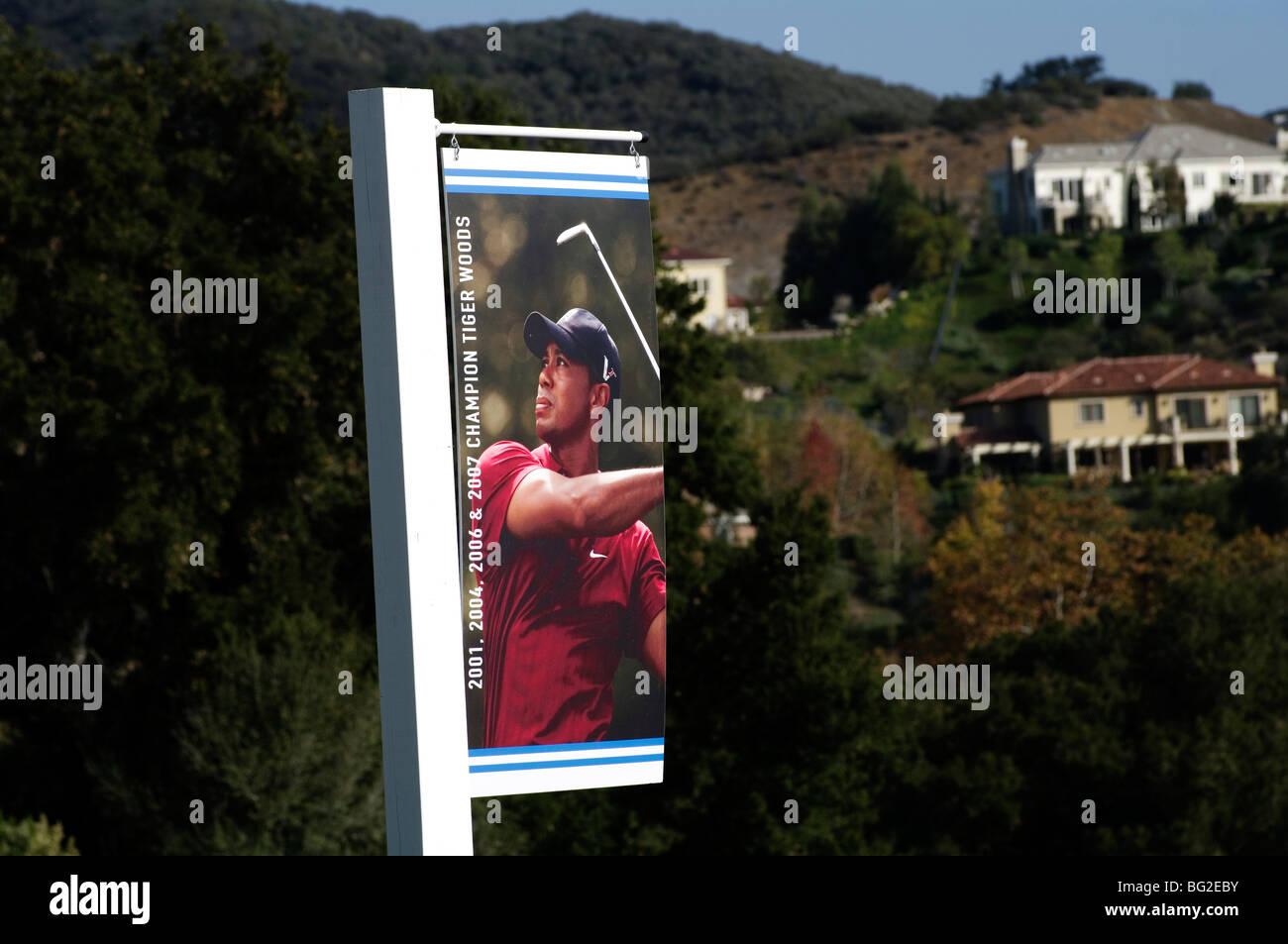 La signalisation de Tiger Woods pour le Chevron World Challenge Golf bénéficiant sa charité pour Photo Stock