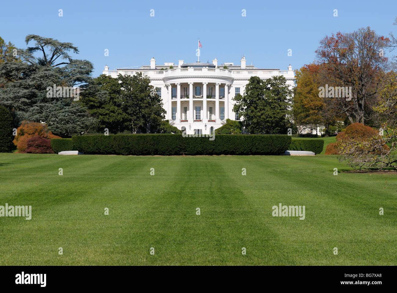 La Maison Blanche avec la pelouse Sud Photo Stock