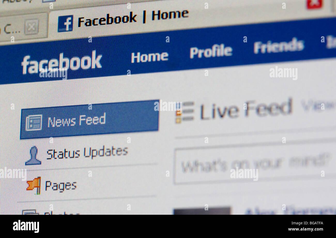 Capture d'écran d'une session Page d'accueil du site web de réseautage social Facebook pour Photo Stock
