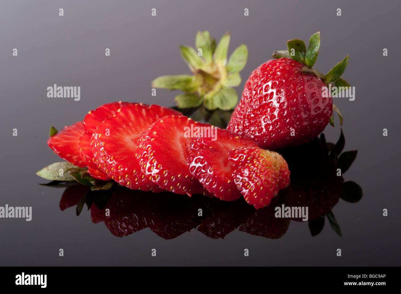 Studio de photographie alimentaire fraise coups différents mis en place Photo Stock