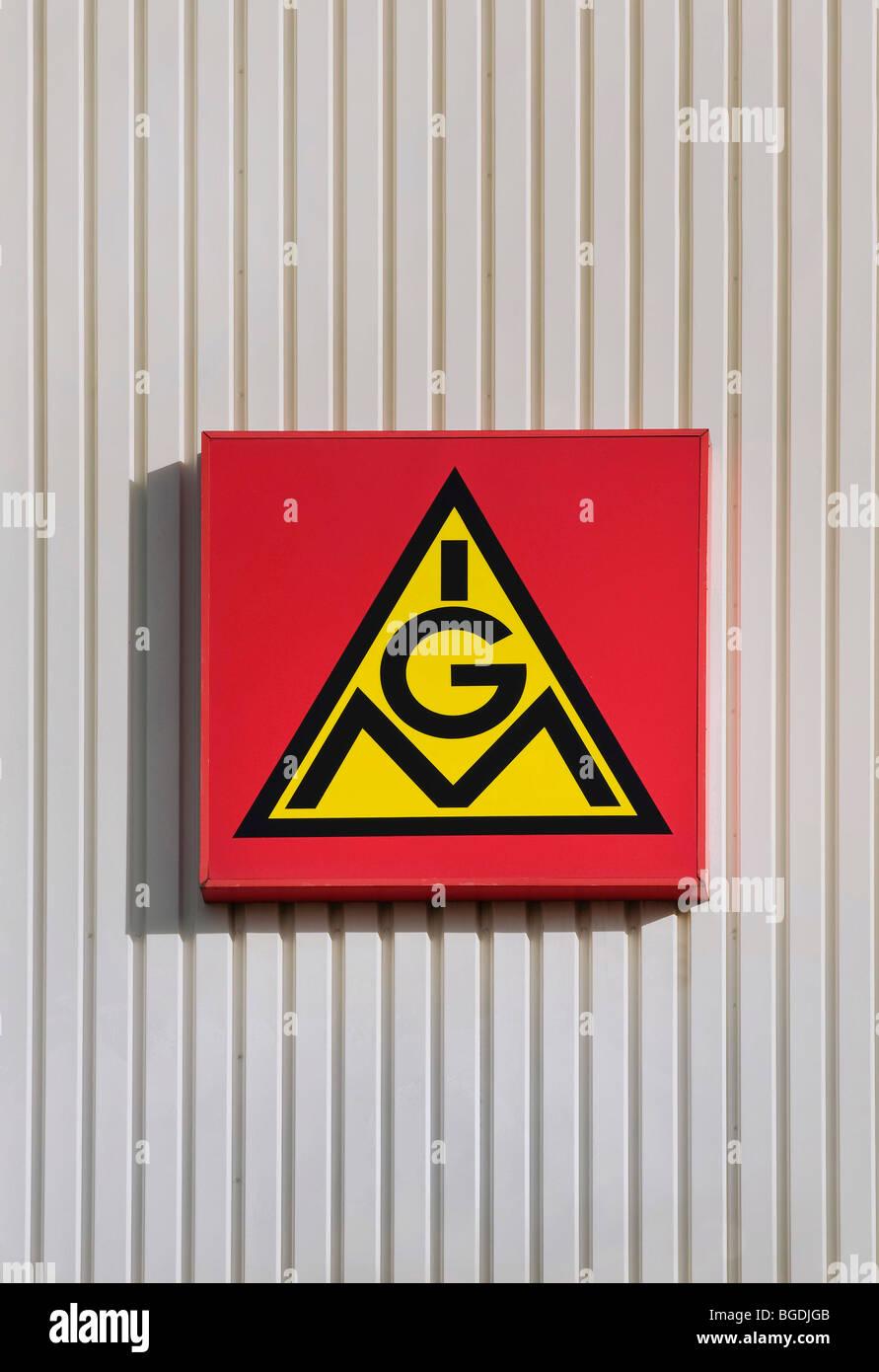 L'emblème de l'IGM, l'IG Metall sur une façade Photo Stock